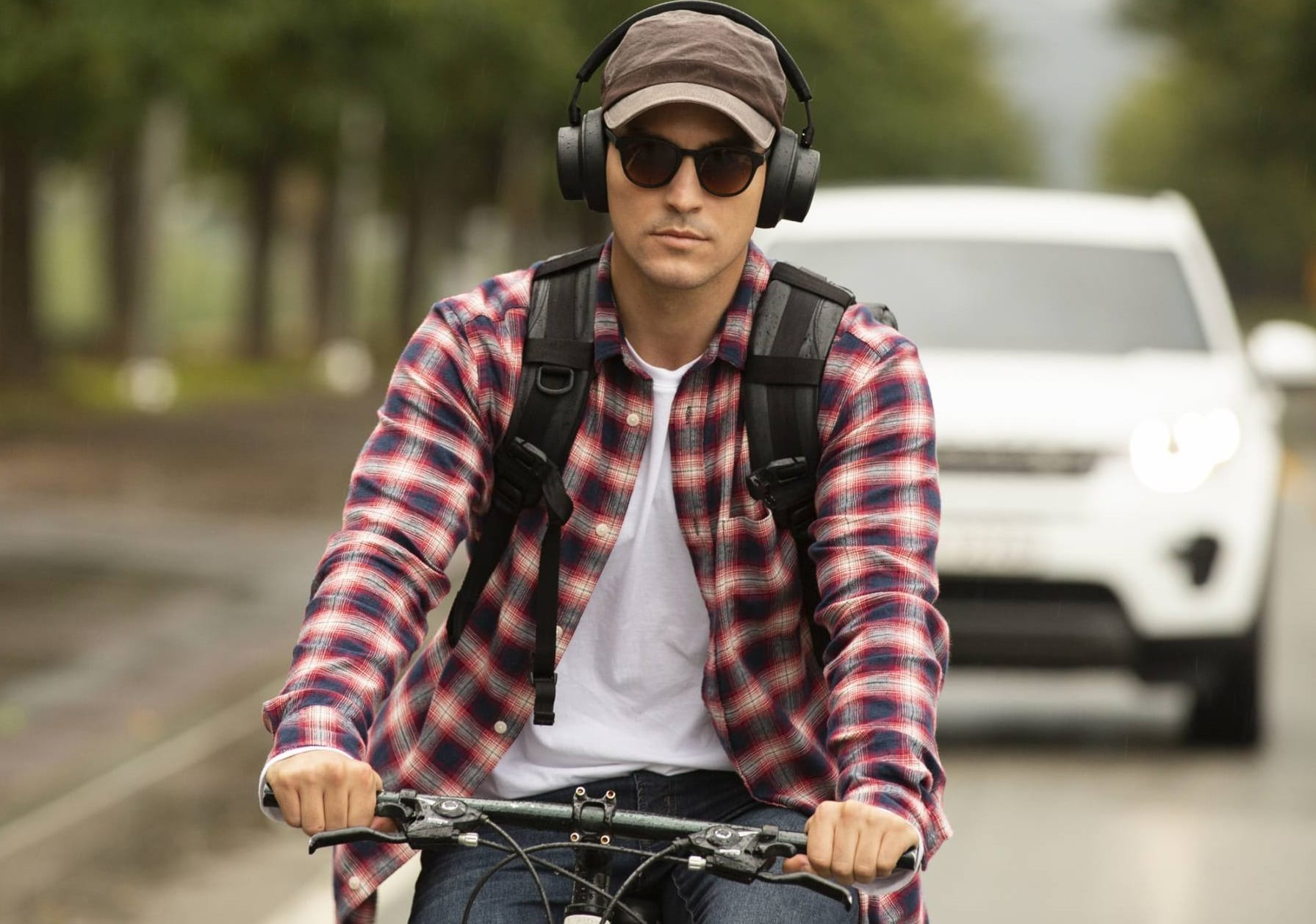 Smart Wireless Headphones Could Save Your Life