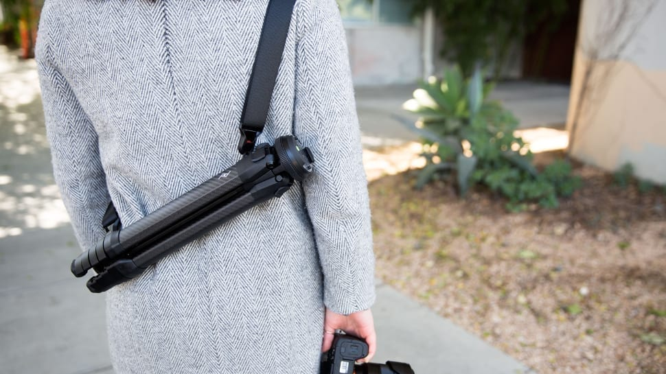 easy to use travel tripod